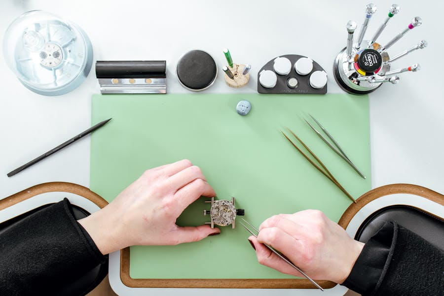 Our certified watchmaking atelier