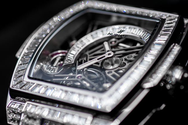 Skeleton Watches: A Traditional Trend