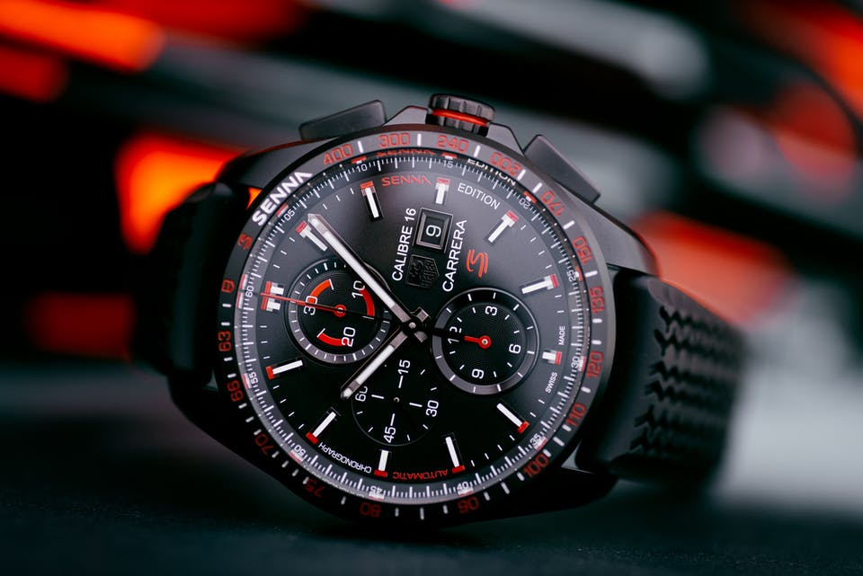 f2a5170442e Senna's 'S' logo is found beneath the date aperture at 3 o'clock in  beautiful red lacquer. The TAG Heuer Carrera ...