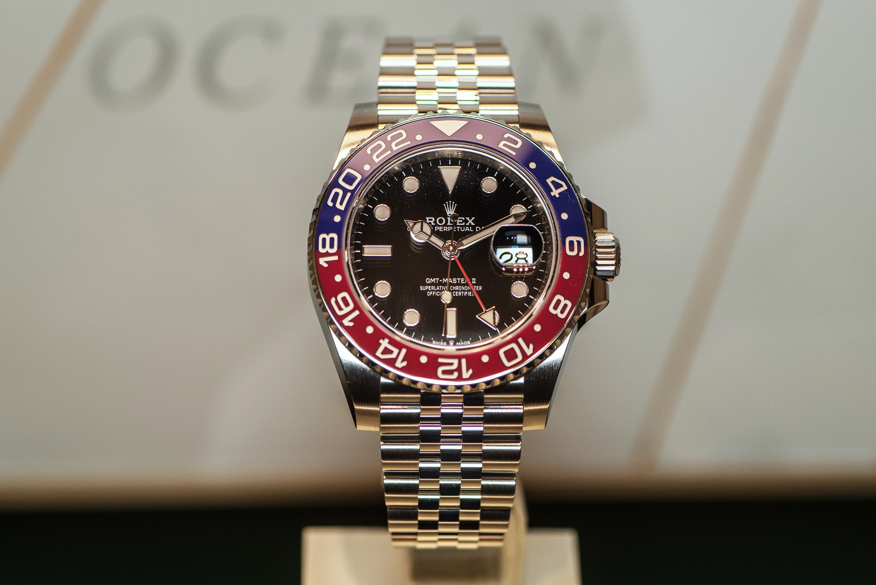 Baselworld 2018: The Rolex GMT-Master II Pepsi in stainless steel - Does it deliver?
