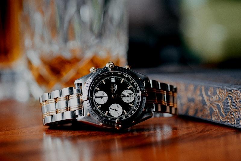 Uhren aus zweiter Hand und vintage
